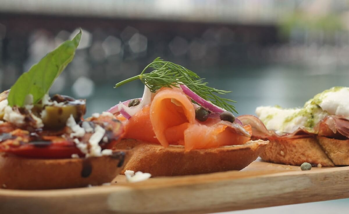 HBK Canapes Darling Harbour1200c